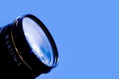 Blauer Himmel des Kameraobjektivs Stockbild