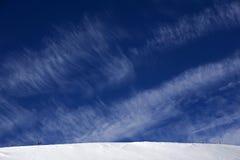 Blauer Himmel des Winters stockfoto
