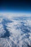 Blauer Himmel mit cloudes Lizenzfreie Stockfotografie