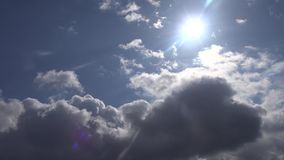 Blauer Himmel und Wolke stock footage