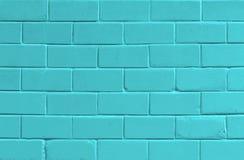 Blauer Hintergrund mit alter Backsteinmauer Lizenzfreie Stockfotografie