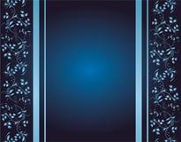 Blauer Hintergrund mit Blumenverzierungen Stockfotografie