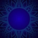 Blauer Hintergrund mit Spitzeverzierung Stockfoto