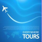 Blauer Hintergrund mit weißen Flugzeugen Stockfotografie