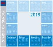 Blauer Kalender für Jahr 2018, Woche beginnt am Sonntag Lizenzfreie Stockfotos