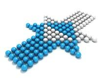 Blauer Konzeptkugelpfeil gegen weißen Konkurrenten Stockfoto