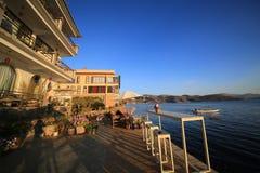 Blauer Morgen durch che See Lizenzfreie Stockfotografie