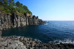 Blauer Ozean, Jeju-vulkanische Insel stockbild