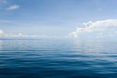 Blauer Ozean - Thailand Stockfotos