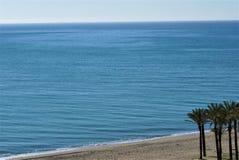 Blauer Ozean und Strand Stockfotos