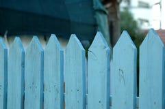 Blauer Pfostenzaun Lizenzfreies Stockbild