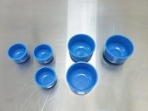 Blauer Plastikgalipot lizenzfreies stockfoto