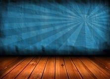 Blauer Raum der dunklen Weinlese mit hölzernem Fußboden Lizenzfreie Stockfotos