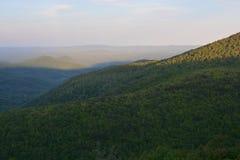 Blauer Ridge Mountain Dusk Lizenzfreies Stockbild