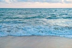 Blauer Seehintergrund Stockfoto
