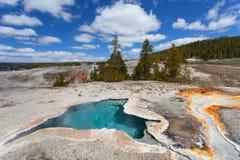 Blauer Stern-Frühling, oberes Geysirbecken, Yellowstone NP Lizenzfreie Stockfotografie