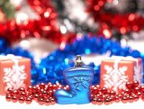 Blauer Stiefel für Weihnachten Stockbilder