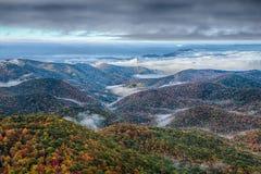 Blauer szenischer Gebirgsherbst Ridge Parkway National Park Sunrises Lizenzfreies Stockbild