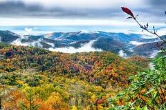 Blauer szenischer Gebirgsherbst Ridge Parkway National Park Sunrises Lizenzfreie Stockbilder