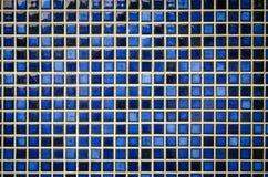 Blauer Tonmosaikfliesen-Beschaffenheitshintergrund Lizenzfreies Stockfoto