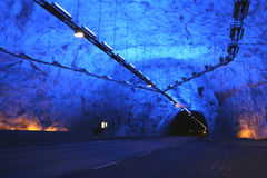 Blauer Tunnel Stockbilder