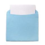 Blauer Umschlag mit Einladung Stockbilder