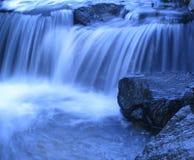 Blauer Wasserfall Stockbilder