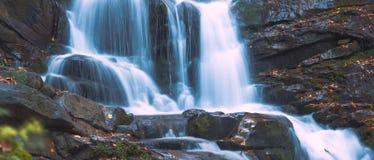Blauer Wasserfall Lizenzfreies Stockbild