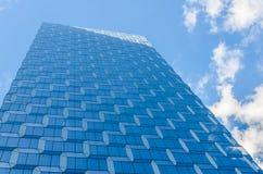 Blauer Wolkenkratzer - NYC Stockfoto