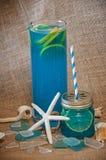 Blaues Alkoholgetränk Stockfoto