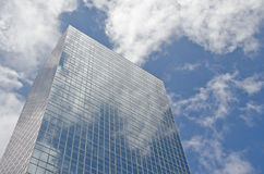 Blaues Bürohaus Stockbilder