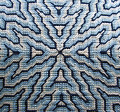 Blaues Bargello-Nadelspitzen-Kissen-Detail Lizenzfreies Stockbild