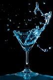 Blaues Curaçao spritzen lizenzfreies stockbild
