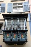 Blaues Erkerfenster Lizenzfreies Stockfoto