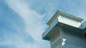 Blaues Gebäude Lizenzfreie Stockfotos