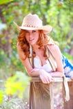 Blaues gemustertes Cowgirl Lizenzfreie Stockfotos