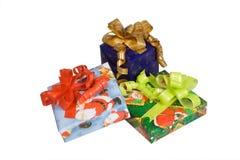 Blaues Geschenk des neuen Jahres mit gelbem Bogen Lizenzfreies Stockbild