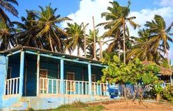 Blaues Haus in der Dominikanischen Republik Stockfotos