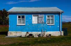 Blaues Haus in Island lizenzfreies stockfoto