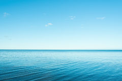 Blaues Meer Stockfoto