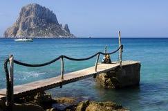 Blaues Meer bei Ibiza Lizenzfreies Stockfoto