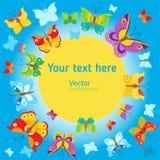 Blaues Meer, Himmel u Vektorschmetterlings-Hintergrunddesign Schmetterlings-Vektor-Design-Illustration Stockfoto