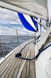 Blaues Segel Lizenzfreie Stockbilder