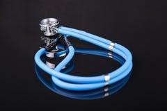 Blaues Stethoskop Lizenzfreie Stockfotos