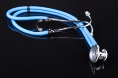 Blaues Stethoskop Stockfotografie
