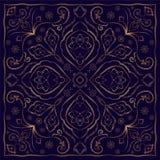 Blaues Taschentuch mit Goldverzierung Lizenzfreies Stockbild