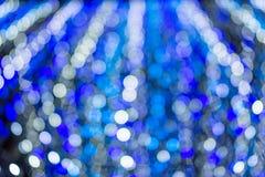 Blaues und weißes abstraktes bokeh mögen Schnee vom Himmel mit für c Lizenzfreie Stockfotos