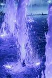 Blaues Wasser-Brunnen Stockfotografie