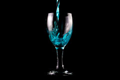 Blaues Weinglas Stockfotografie
