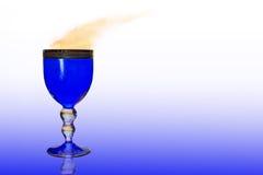 Blaues Weinglas Lizenzfreies Stockfoto